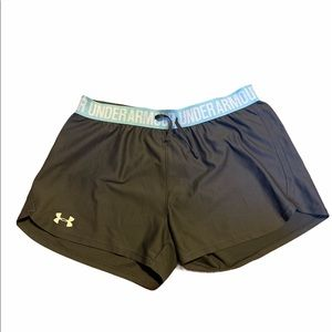 Under armour athletic shorts M
